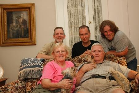 Mom, Dad, Gracie, Sarah, S.B., Anthony, David